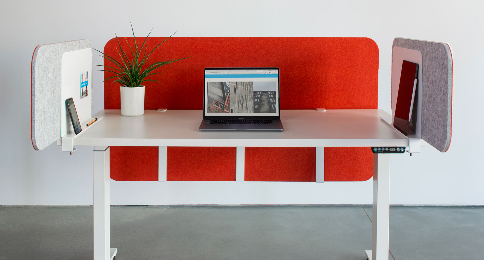 Loftwall Desk